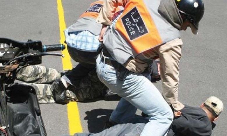 سيدي قاسم: الأمن يطلق الرصاص لإيقاف صاحب سوابق هدد الشرطة والمواطنين
