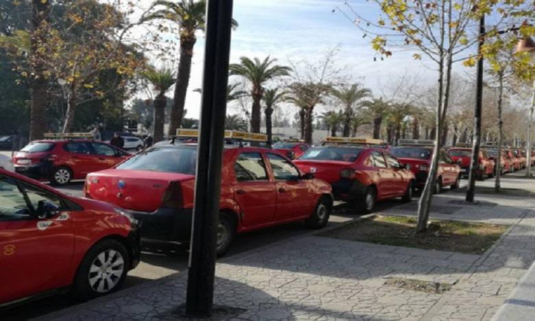 فاس: الحكم على سائق سيارة أجرة بأداء 28 مليار سنتيم لإدارة الجمارك