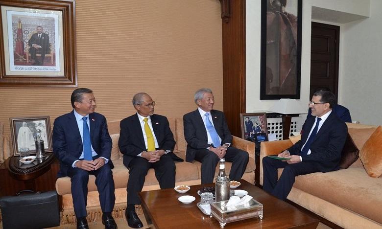 المغرب وسنغافورة يؤكدان رغبتهما المشتركة في الدفع بالتعاون الثنائي في مختلف المجالات