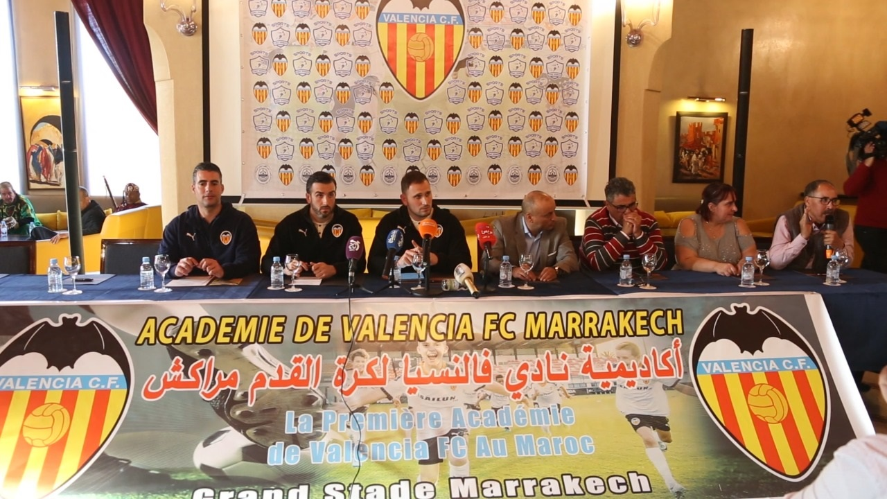 نادي فالنسيا يختار مراكش لإنشاء أول أكاديمية عالمية لكرة القدم بإفريقيا