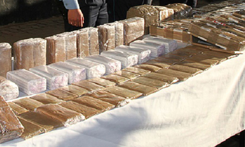 إجهاض محاولة لتهريب طنين و60 كيلو من مخدر الشيرا بفاس