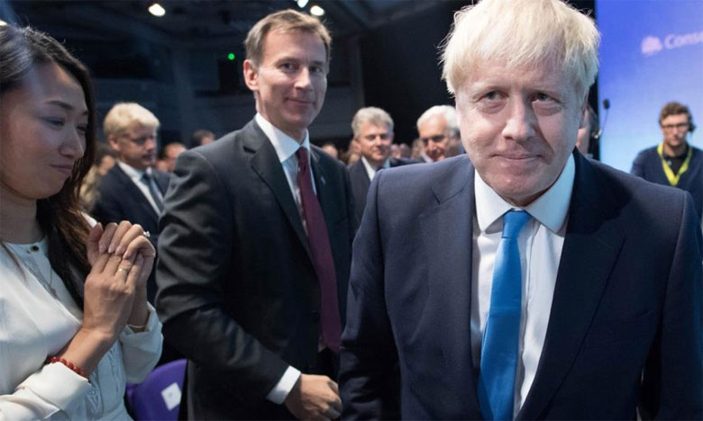 فيروس كورونا: رئيس وزراء بريطانيا يغادر العناية المركزة