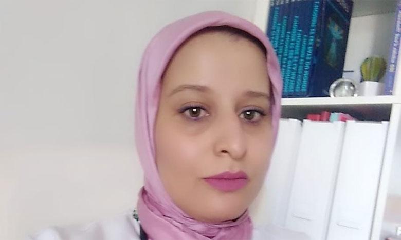 طبيبة بالجديدة تقدم رفقة زملائها خدمات طبية بالمجان للفئات الفقيرة