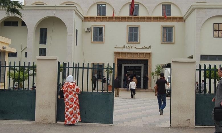"""ابتدائية سوق الأربعاء الغرب توزع أزيد من 91 سنة نافذة على سلاليي دوار """" الوجاجنة والعواكلة"""""""