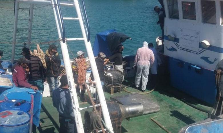 السماح لمركب صيد قادم من الدار البيضاء بالرسو بميناء آسفي بعد فحص طاقمه