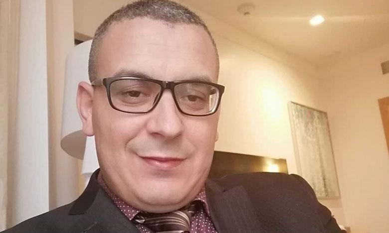 """خبير مغربي ينصح بالتركيز على""""الزوايا"""" في عمليات التعقيم ويدعو إلى تشغيل المكيفات ليل نهار"""