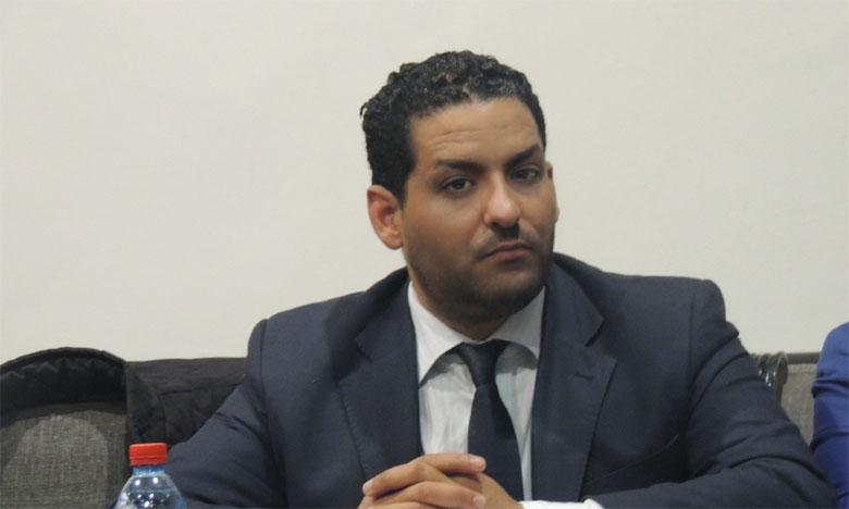 عبد الرحمن اليوسفي سيبقى حيا في نفوس الكثير من الشباب لأنه رجل اجتمع فيه ما تفرق في غيره من خصال و أخلاق عالية
