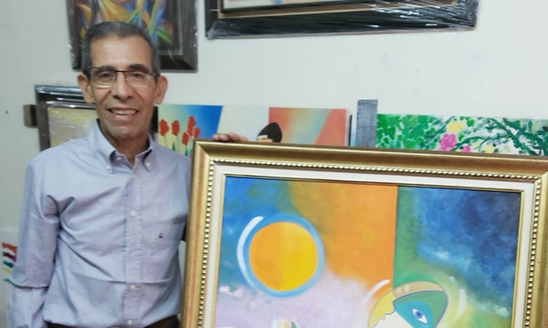 """مصطفى ندلوس: المعارض التشكيلية الافتراضية فرصة لمحاربة سطوة """"كوفيد 19"""" بالجمال والألوان"""