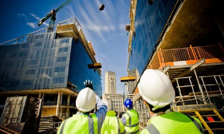 مهنيو  البناء والعقار يعلنون عن انطلاقة آمنة وإقلاع مستدام للأنشطة