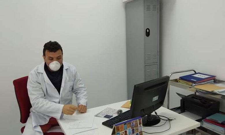 """محمد الخطاب: أكثر من 75 % من المساعدين الطبيين يشتغلون بمصالح الأوبئة والمختبرات لمحاصرة """"كوفيد19"""""""