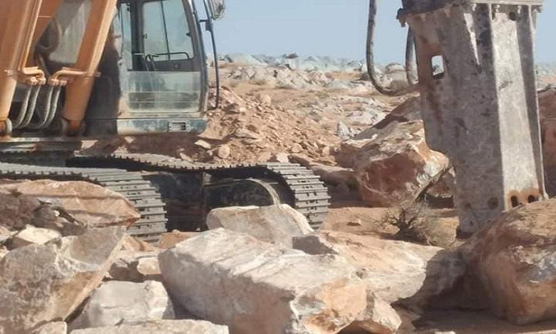 """إيقاف أشغال جائرة طالت موقع """"الغشيوات"""" للنقوش الصخرية بالسمارة"""
