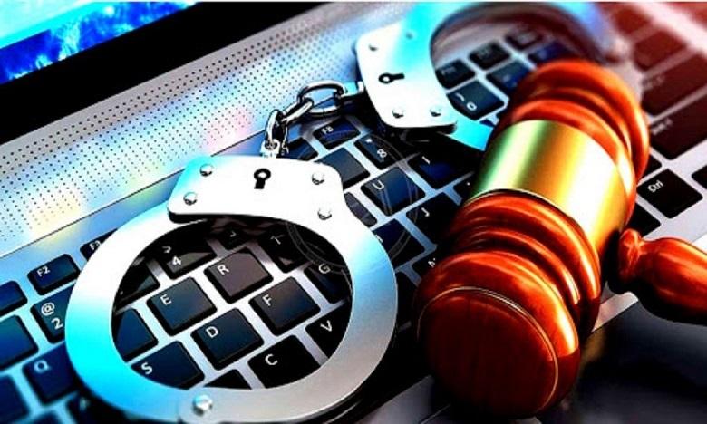 """سنة حبسا نافذا لـ """"يوتوبورز""""  بعد تورطها في التشهير بهيئة المحامين بمراكش ونقيبها"""