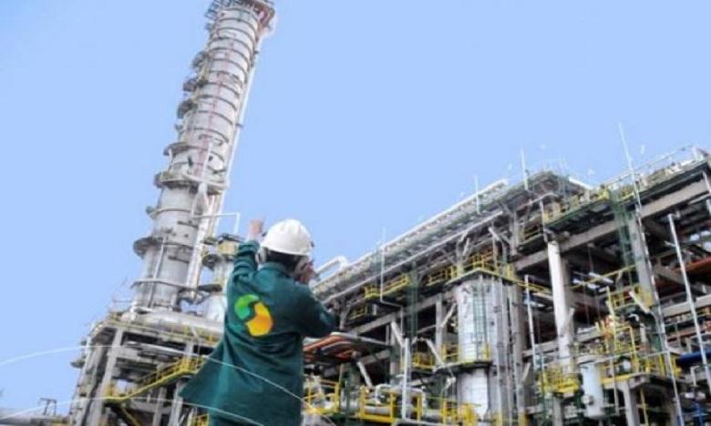 وزارة الطاقة تقرر منح تفويض استغلال صهاريج لاسامير للمكتب الوطني للهيدروكاربونات والمعادن