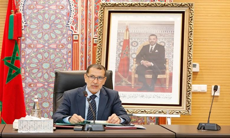 إعادة تنشيط الحركة الاقتصادية واستمرار اليقظة الصحية رهان المغرب لتجاوز تداعيات كوفيد-19