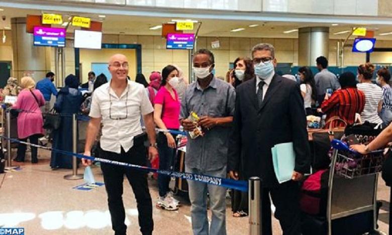 مصر: تنظيم رحلة عودة لفائدة 150 مغربيا عالقا
