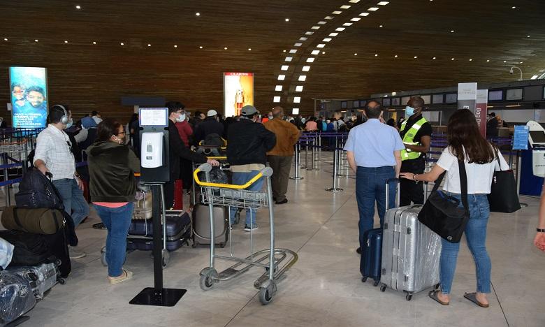 كوفيد -19: وصول 152 من المغاربة العالقين بمصر إلى مطار بني ملال