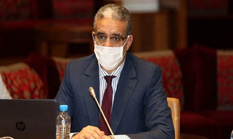 عزيز رباح: الدولة تتحمل فواتير 75 % من المغاربة من الماء والكهرباء