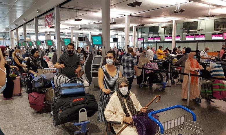 المغاربة العالقون بالخارج: وصول أزيد من 300 عائدا من كندا إلى مطار أكادير المسيرة