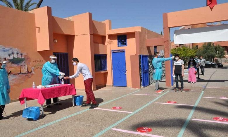 الخميسات: انطلاق امتحانات الباكالوريا للمسالك العلمية والتقنية في ظروف عادية