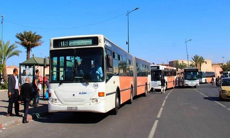 مراكش: المجلس الجماعي يمدد عقد النقل الحضري وعقود الشركات المكلفة بتدبير قطاع النظافة