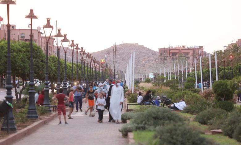 الفضاءات الخضراء متنفس المراكشيين للتخفيف من أثر الحرارة في ظل أزمة كورونا