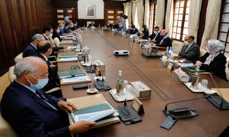 مجلس الحكومة يصادق على مشروع مرسوم سن أحكام خاصة بحالة الطوارئ الصحية