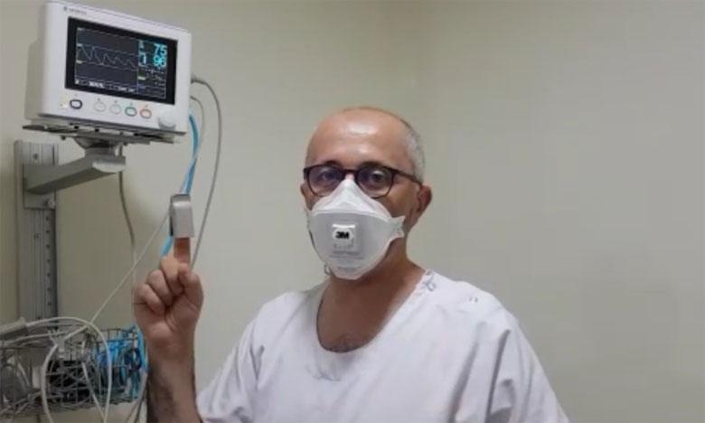 فاس: تجربة عملية لطبيب تؤكد أن ارتداء الكمامة لا يسبب الاختناق ولا يقلل من نسبة الأوكسيجين