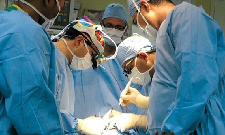 الفقيه بن صالح: نجاح عملية جراحية فريدة لاستبدال كتف بشري بمفصل اصطناعي