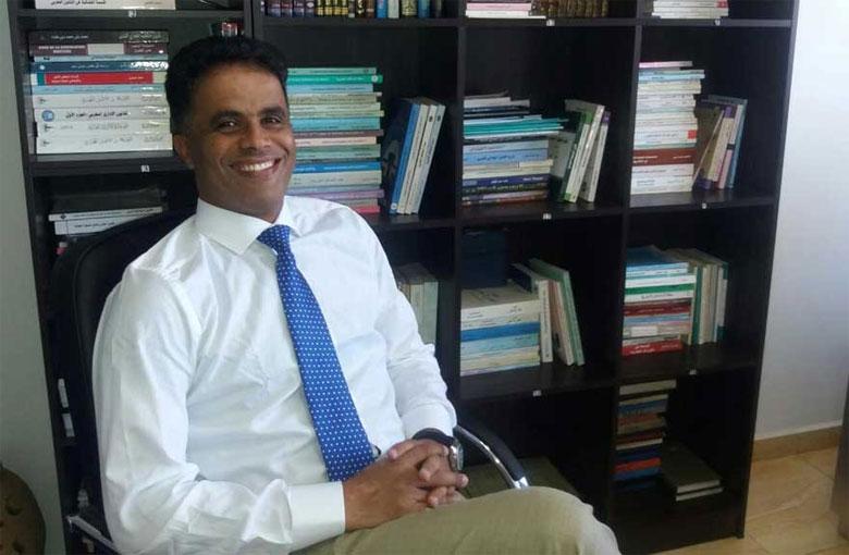 محمد الشمسي : وجود عشرات المداخل العشوائية للعاصمة الاقتصادية  ساهم في رفع عدد الإصابات بفيروس كورونا المستجد