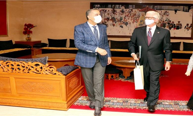 الرباط: عبد اللطيف حموشي يستقبل سفير الولايات المتحدة الأمريكية بالمملكة