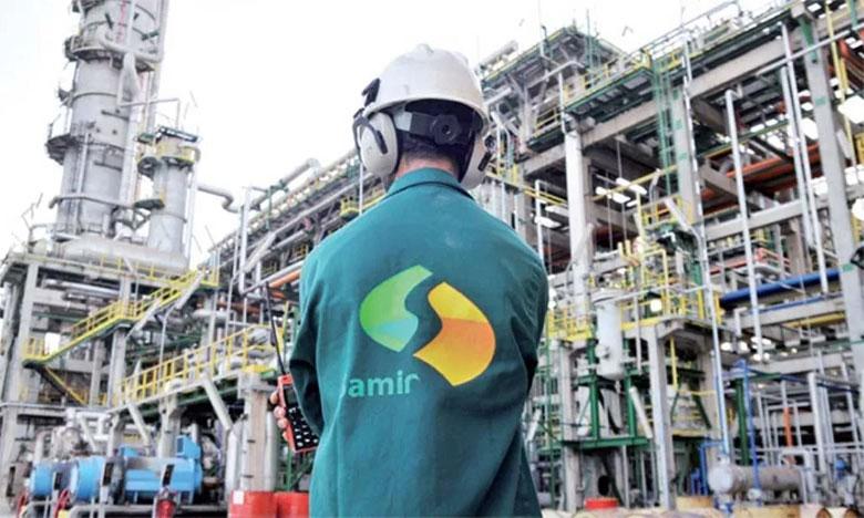 كونفدراليو شركة سامير يطالبون الحكومة بالتدخل لاستئناف الإنتاج وتخزين المواد النفطية بالمصفاة
