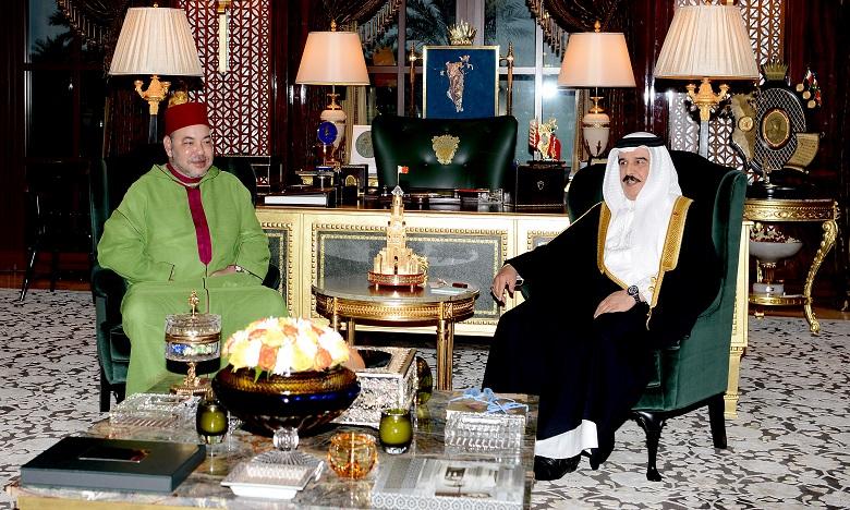صاحب الجلالة يتلقى اتصالا ھاتفیا من أخیه صاحب الجلالة الملك حمد بن عیسى آل خلیفة
