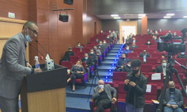 إعلاميون وجامعيون يدعون إلى وضع استراتيجية إعلامية ودعم الإعلام الوطني في الدفاع عن وحدة التراب المغربي