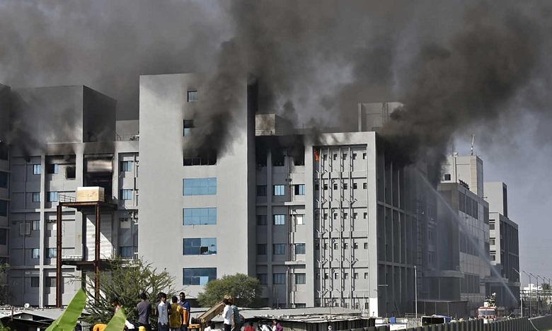 النيران تلتهم أكبر معهد لإنتاج اللقاحات في الهند والعالم