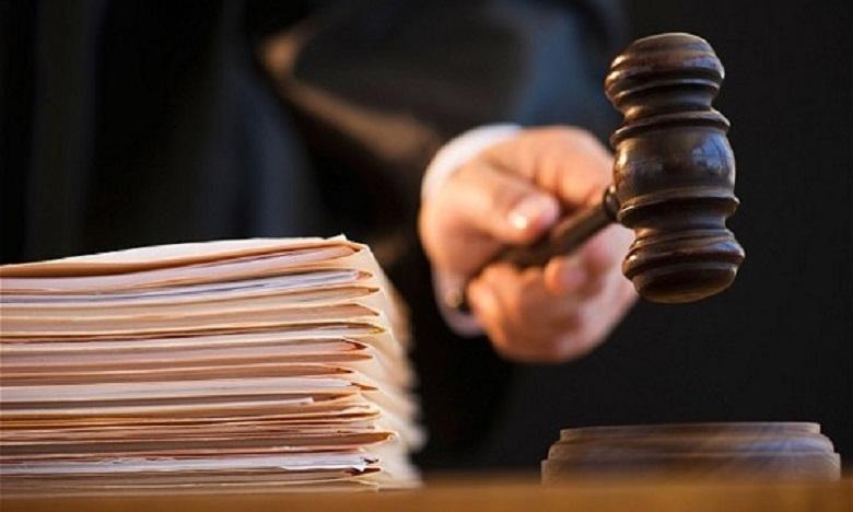 محاكمة مسير متجر وشريكه الأجنبي بتهمة المس بأنظمة المعالجة الآلية للمعطيات البنكية والنصب والاحتيال
