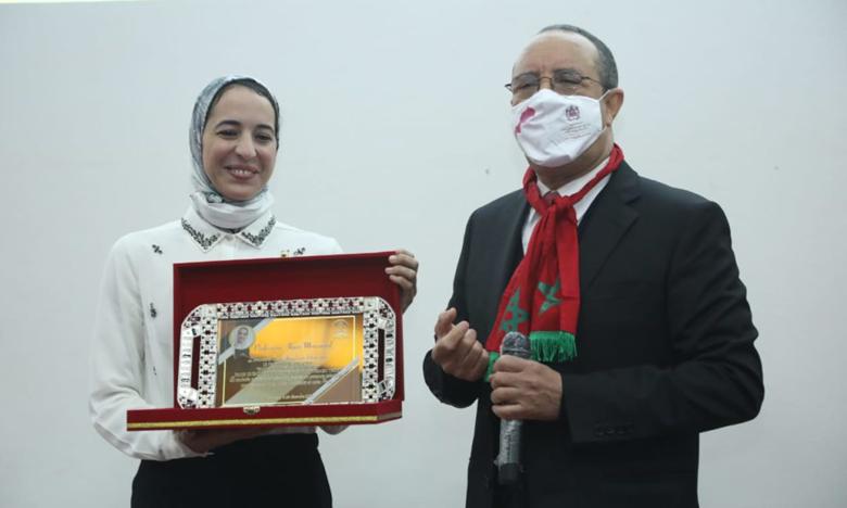 هاجر المصنف تعتبر استثمار مقاولة أمريكية في مشروع علمي تم تطويره داخل جامعة القاضي عياض سابقة في المغرب