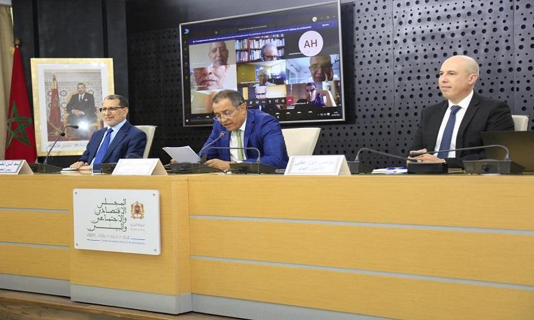 المجلس الاقتصادي والاجتماعي والبيئي يدعو إلى سياسة للابتكار تحرر الطاقات