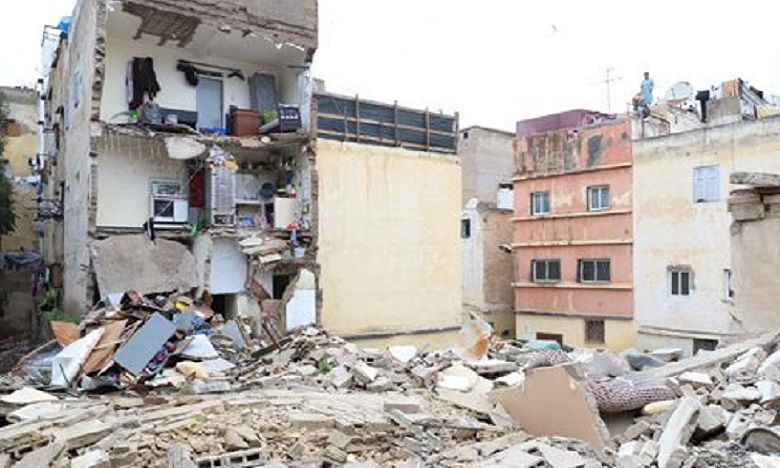 الدار البيضاء: انهيار منزل آيل للسقوط وخال من السكان بالمدينة القديمة