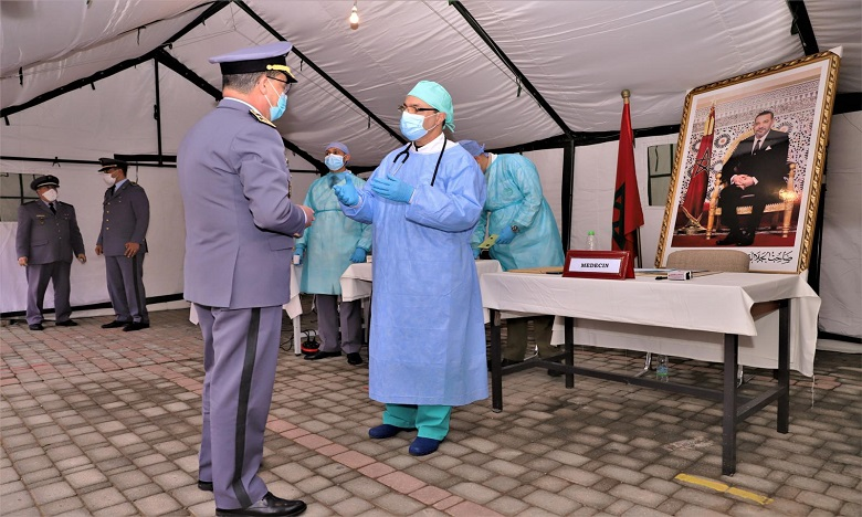 كوفيد-19: الشروع في إعطاء الجرعة الثانية من اللقاح لفائدة أفراد القوات المسلحة الملكية