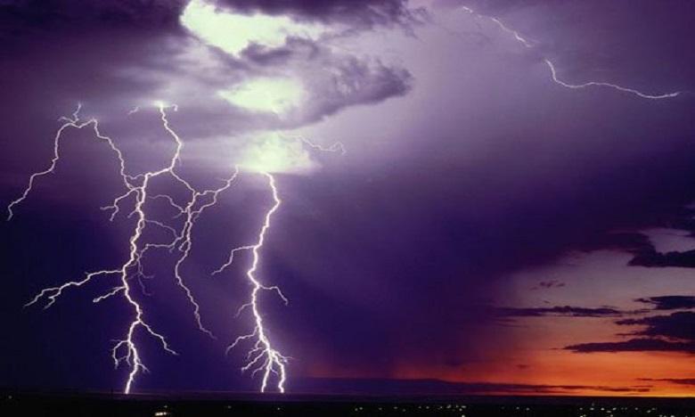 إقليم قلعة السراغنة: وفاة فتيين وإصابة 6 آخرين نتيجة صاعقة برق
