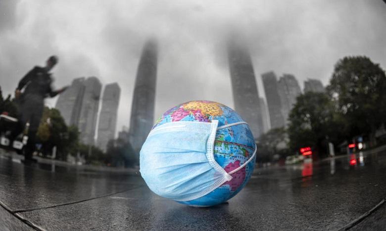 """منظمة الصحة العالمية تتوقع انتهاء جائحة """"كوفيد- 19 """" مطلع 2022"""