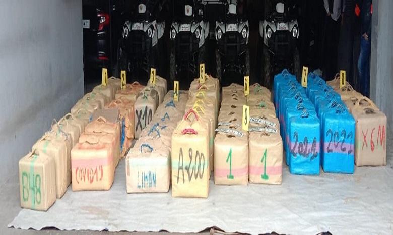 الجديدة: إجهاض عملية للتهريب الدولي للمخدرات وحجز 3 أطنان و300 كلغ من مخدر الشيرا
