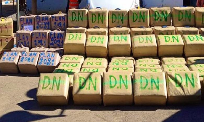 المهدية: إجهاض عملية كبرى للتهريب الدولي للمخدرات عبر المسالك البحرية وحجز 7 أطنان من مخدر الشيرا