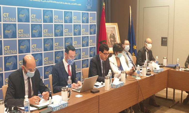 قضاة النيابة العامة في دورة تكوينية حول آليات مكافحة الجريمة المنظمة بحضور خبراء دوليين