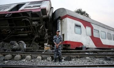خروج قطار عن القضبان في مصر ومقتل 23 راكبا: توجيه تهم الإهمال والإخلال لـ 23 متهما