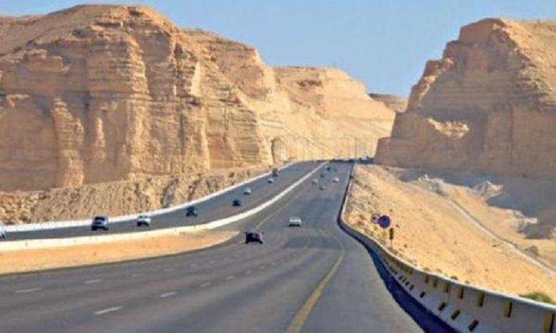 اعمارة: نسبة تقدم أشغال الطريق السريع تيزنيت-الداخلة على مستوى إقليم بوجدور بلغت 91 %