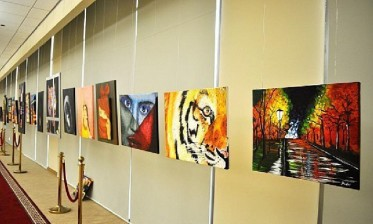 """ملتقى الفنون التشكيلية لقلعة السراغنة ينطلق بشعار """"الفن قاطرة للتنمية المستدامة"""""""