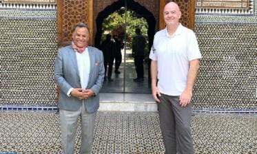 رئيس الاتحاد الدولي لكرة القدم يطلع على سحر وعراقة متحف دار الباشا بمراكش