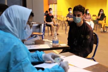 كوفيد-19 : 693 إصابة جديدة خلال الـ24 ساعة الماضية وعدد الملقحين بالكامل يفوق 17 مليون و590 ألف شخص