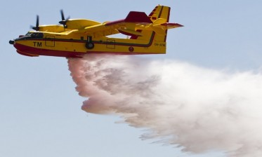 تعبئة طائرتي كنادير وتجنيد فرق التدخل يمكنان من السيطرة على حريق بغابة دار الشاوي والمساحة المتضررة حصرت في ألفي متر مربع